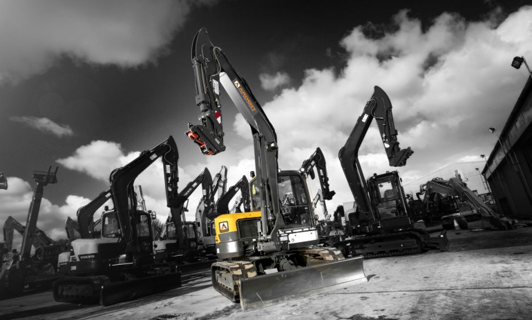 The Benefits of Excavator Hire