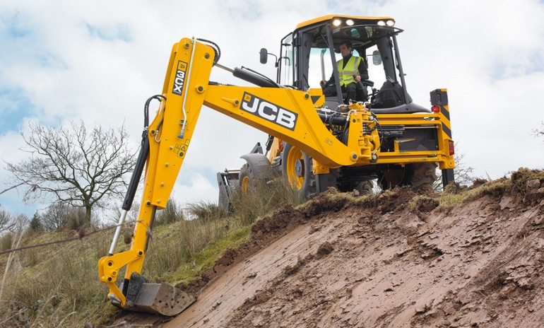 JCB 3CX Review